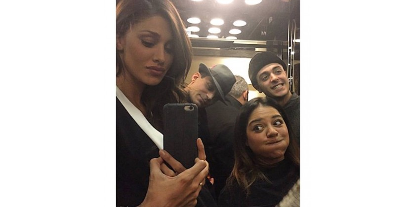 Belen Rodriguez with 2ME Style Croco iPhone 6 Carbon Black case